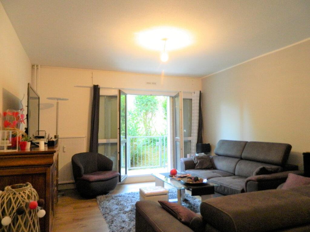 Appartement à vendre 4 79.65m2 à Pont-Évêque vignette-5