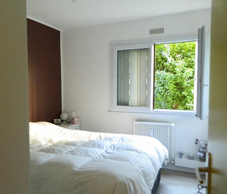 Appartement à vendre 4 79.65m2 à Pont-Évêque vignette-7