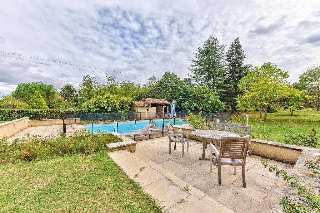 Maison à vendre 6 291m2 à Roussillon vignette-4