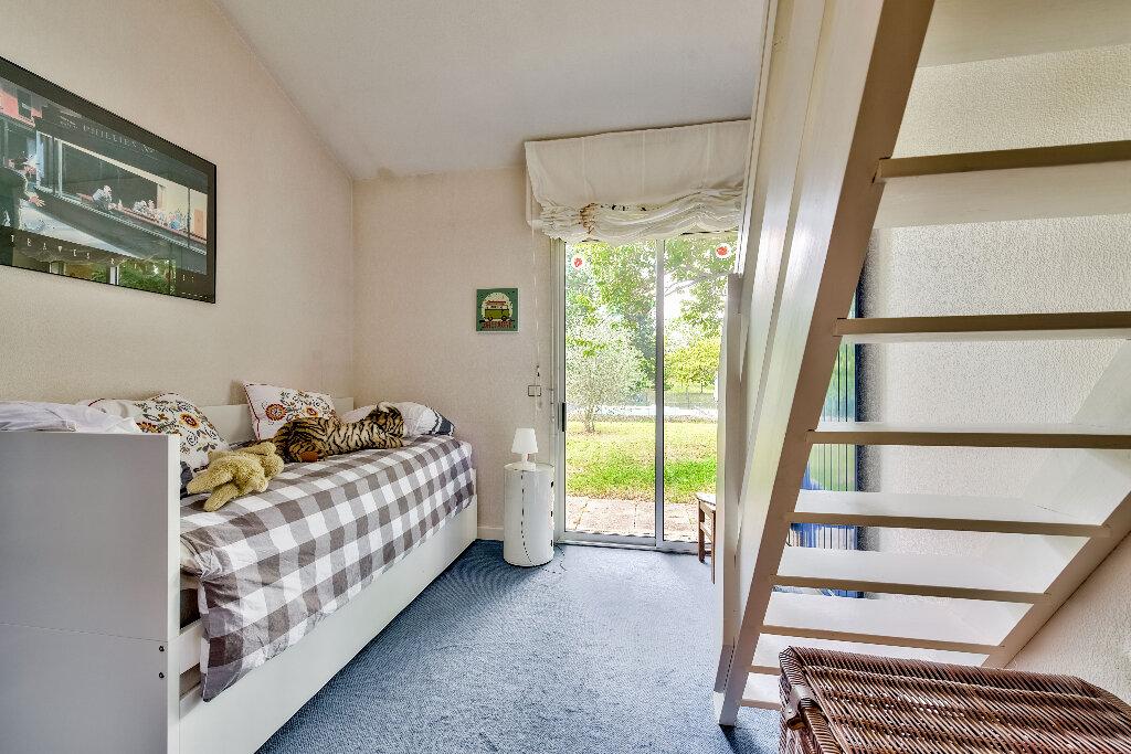 Maison à vendre 6 291m2 à Roussillon vignette-9