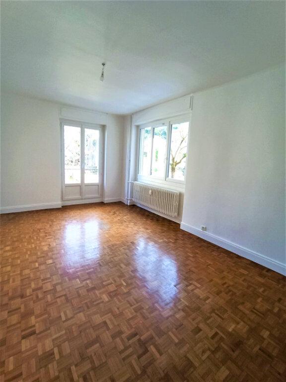 Appartement à louer 3 65m2 à Vienne vignette-4