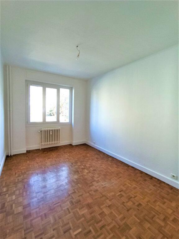 Appartement à louer 3 65m2 à Vienne vignette-8