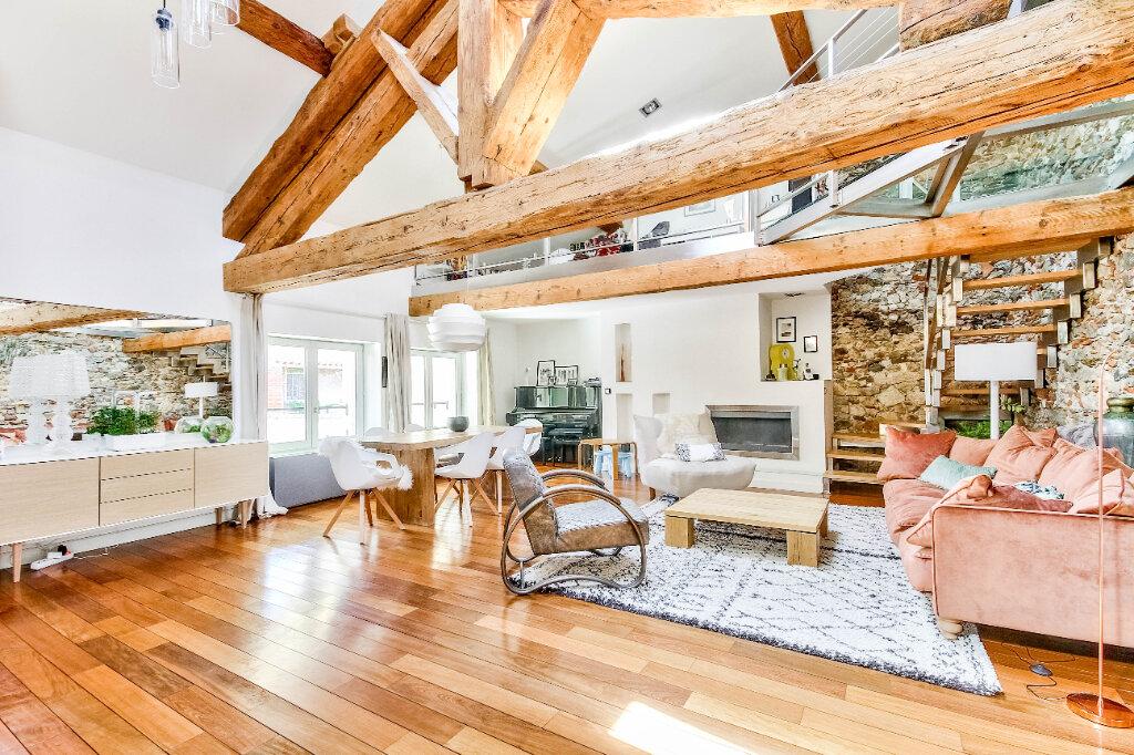 Appartement à vendre 7 185m2 à Vienne vignette-1