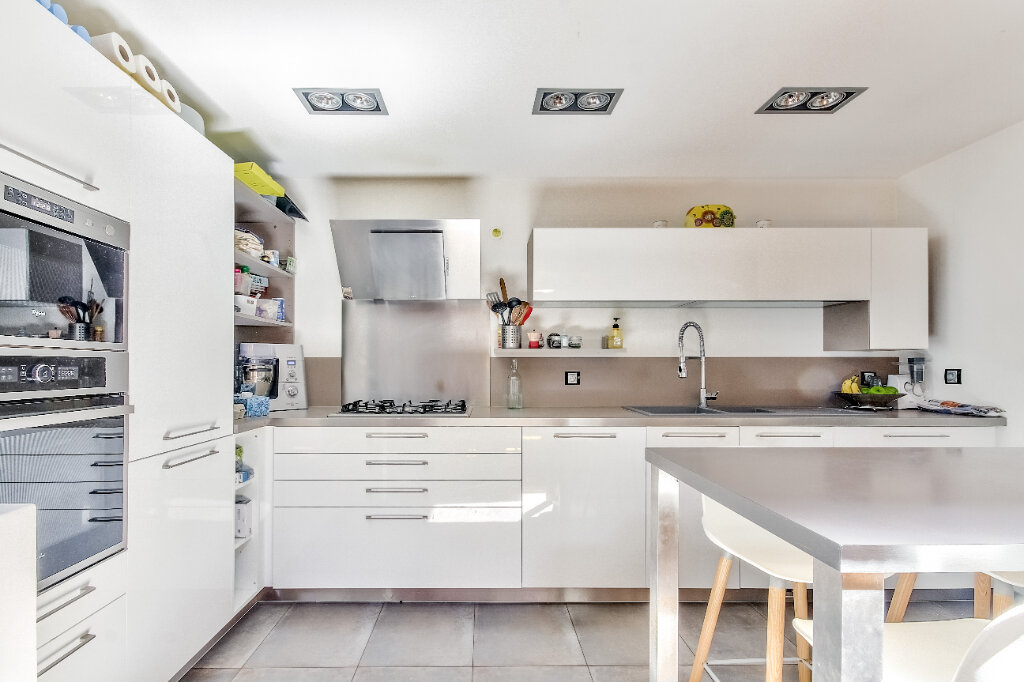 Appartement à vendre 7 185m2 à Vienne vignette-3