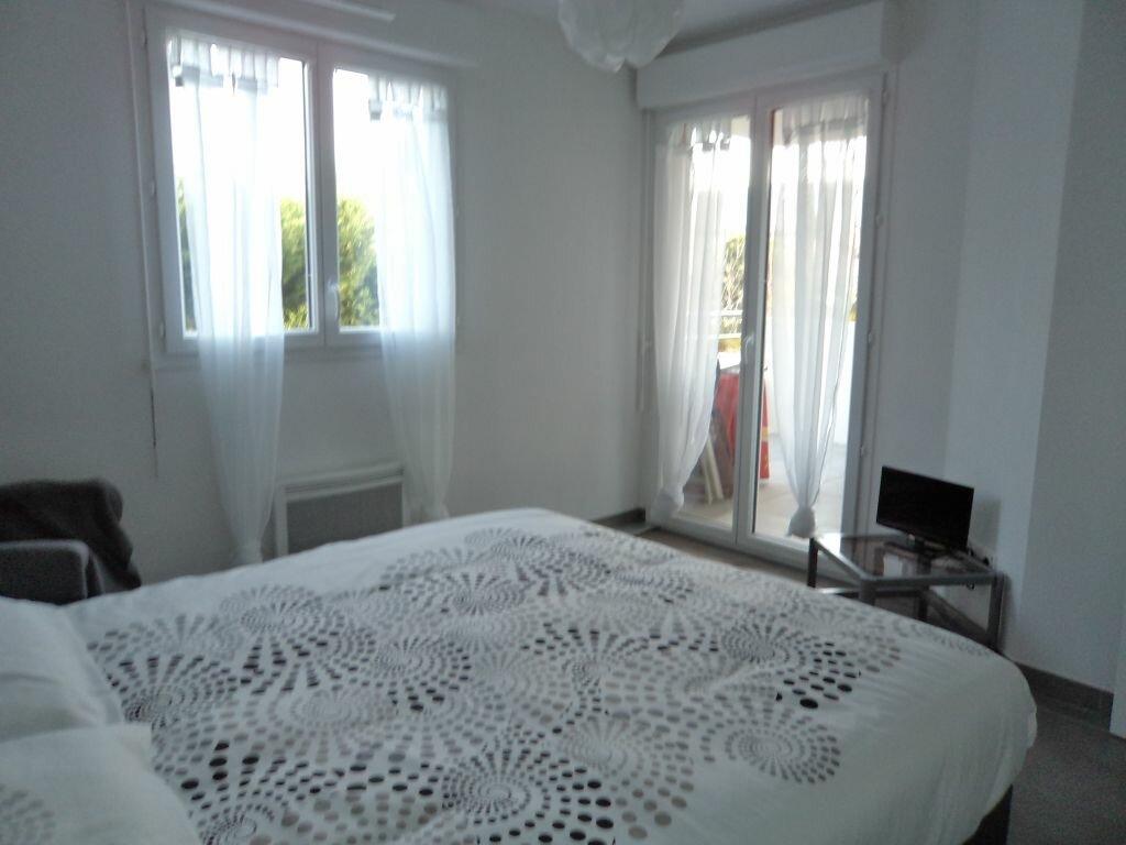 Appartement à louer 2 38.5m2 à Pégomas vignette-3