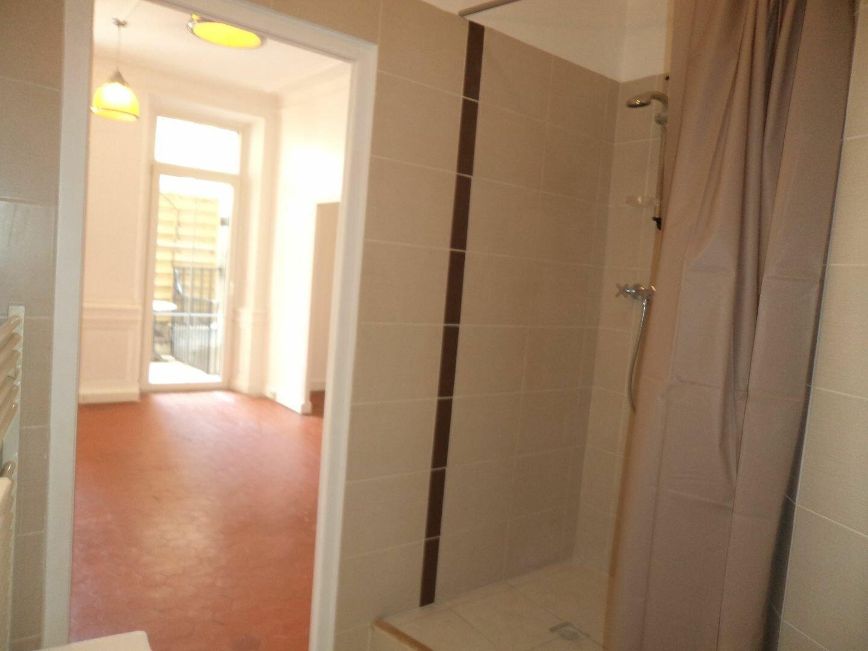 Appartement à louer 1 33m2 à Grasse vignette-4