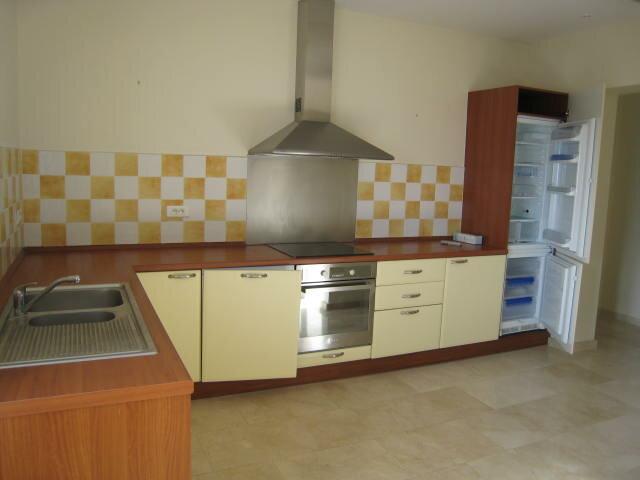Appartement à louer 0 85m2 à Grasse vignette-2
