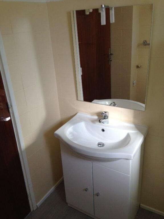 Appartement à louer 1 37.91m2 à Saint-Martin-du-Var vignette-2