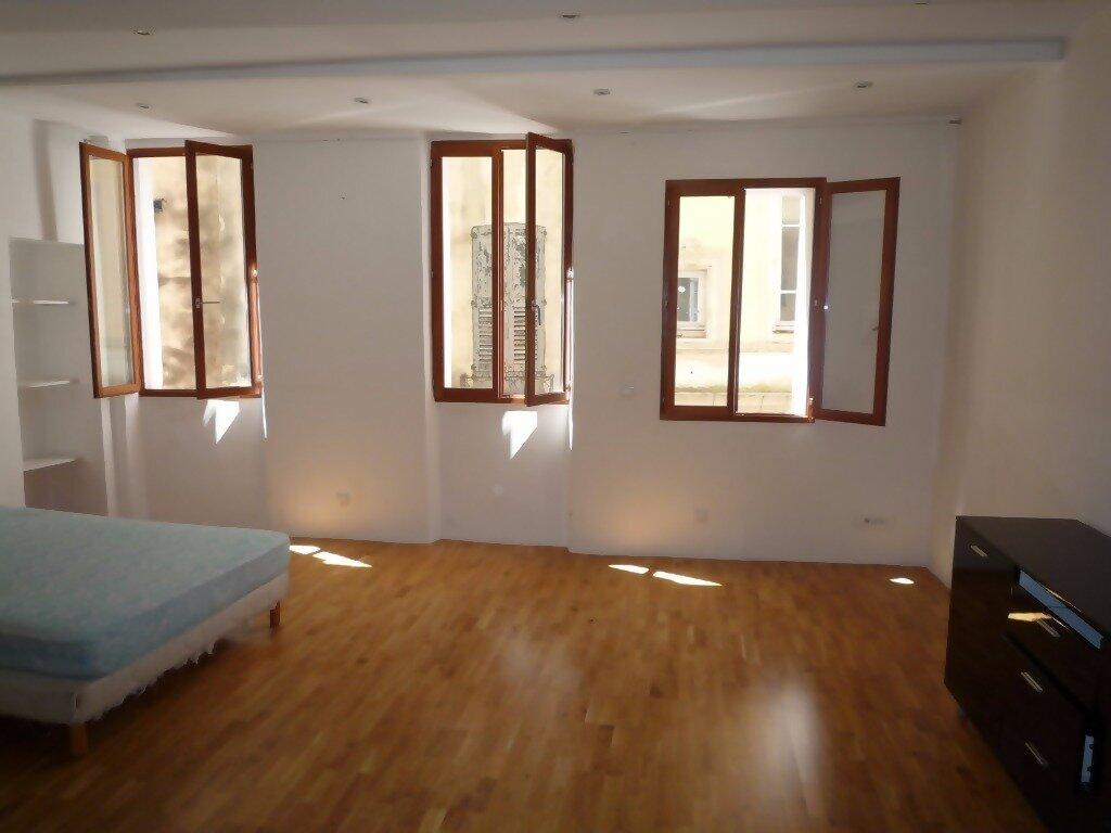 Appartement à louer 1 43m2 à Grasse vignette-1