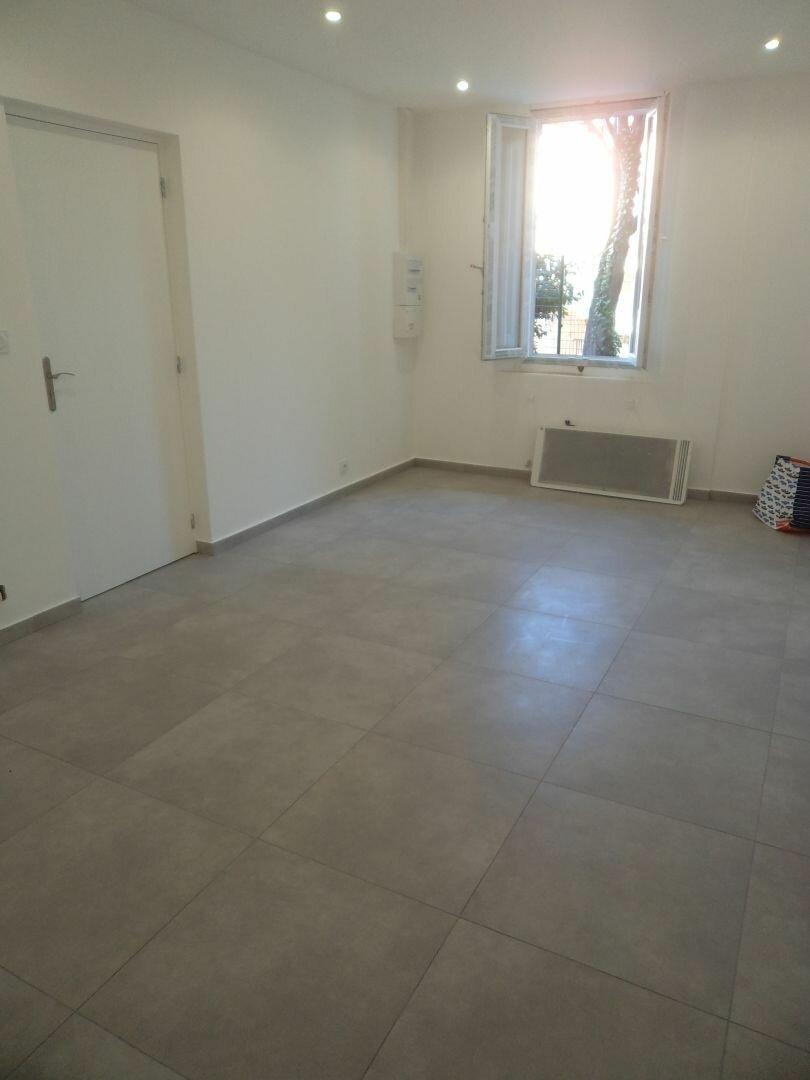 Appartement à louer 2 42m2 à Grasse vignette-6