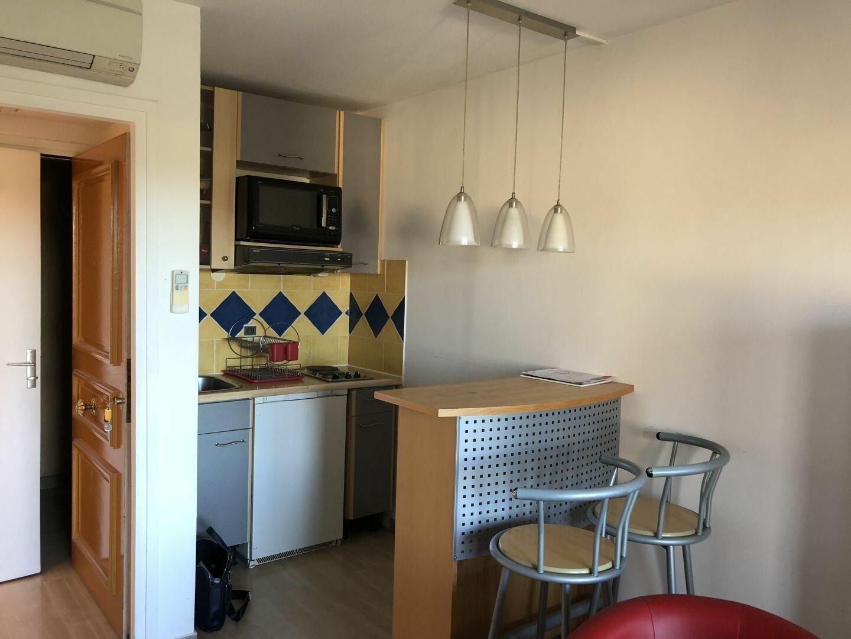 Appartement à louer 1 22.02m2 à Mougins vignette-2