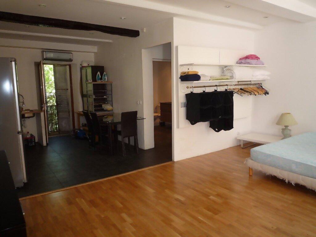 Appartement à louer 1 43m2 à Grasse vignette-2