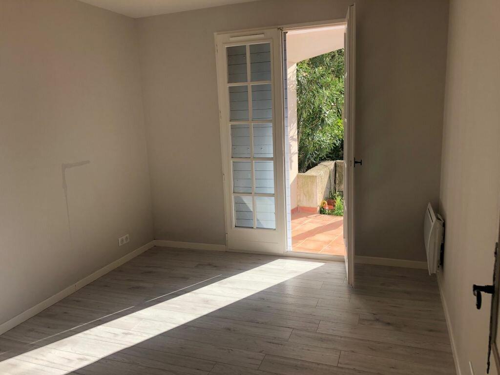 Appartement à louer 3 77.51m2 à Mougins vignette-6