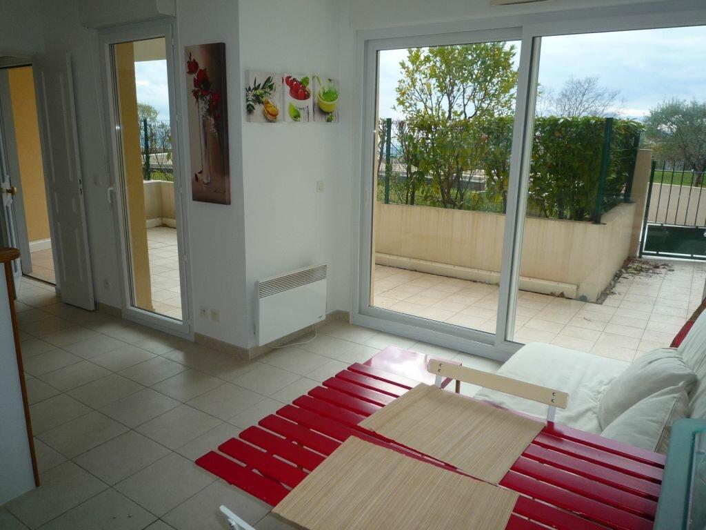Appartement à louer 1 29m2 à Grasse vignette-8