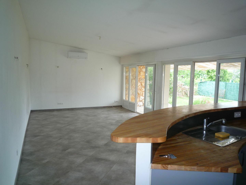 Maison à louer 3 76.1m2 à Cabris vignette-5