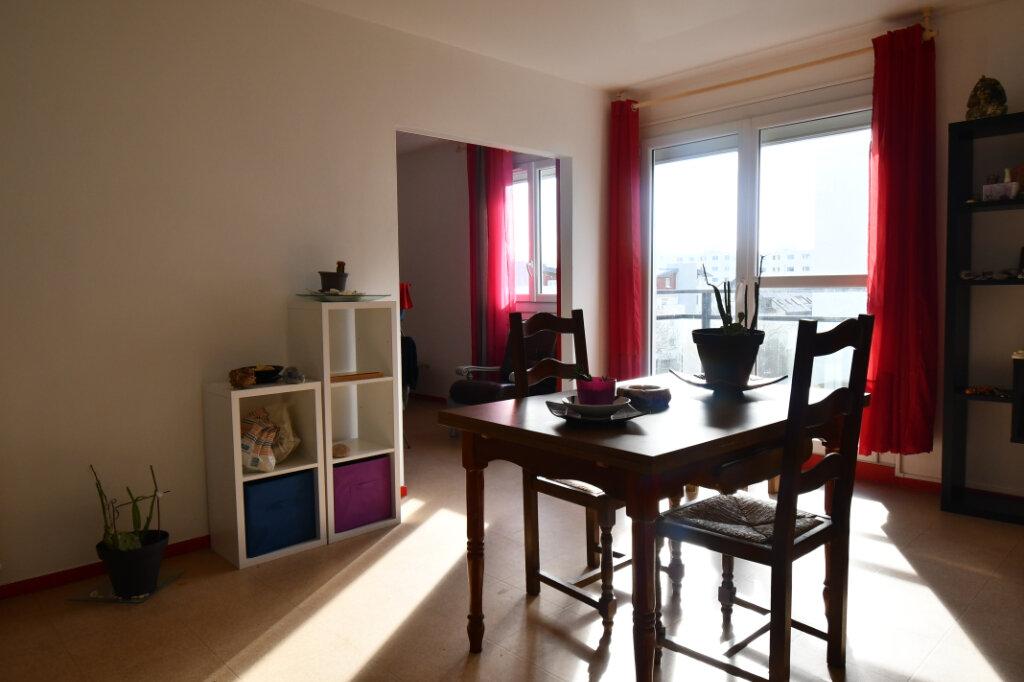 Appartement à vendre 4 76.28m2 à Vannes vignette-1