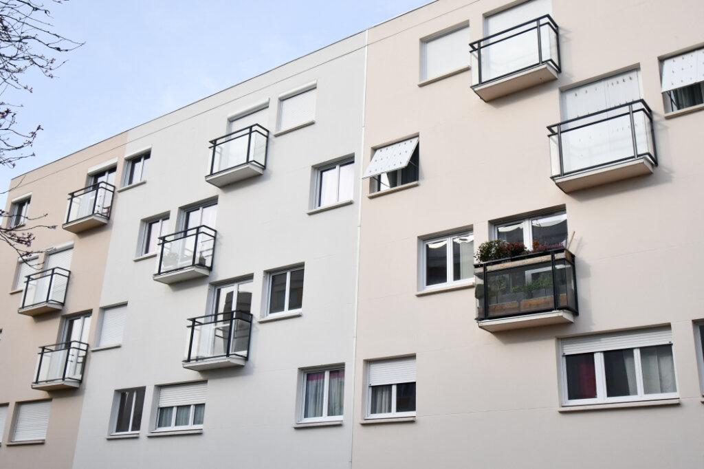 Appartement à vendre 4 76.28m2 à Vannes vignette-4