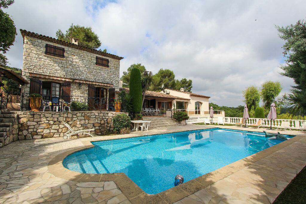 Maison à vendre 12 550m2 à Vallauris vignette-1