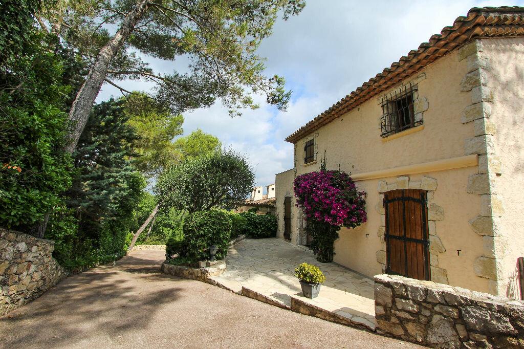 Maison à vendre 12 550m2 à Vallauris vignette-3