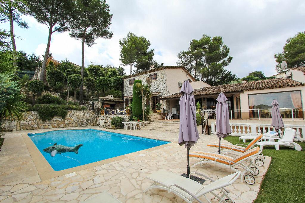 Maison à vendre 12 550m2 à Vallauris vignette-4