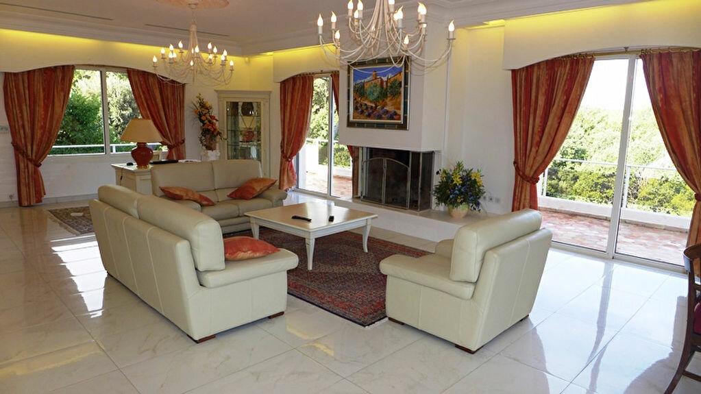 Maison à vendre 12 550m2 à Vallauris vignette-7