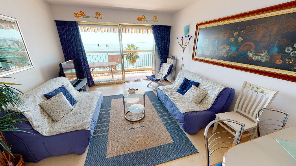 Appartement à vendre 2 58.9m2 à Juan-les-Pins - Antibes vignette-2