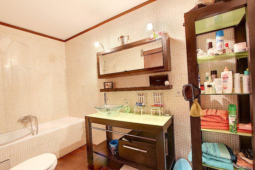 Appartement à vendre 3 70m2 à Juan-les-Pins - Antibes vignette-6