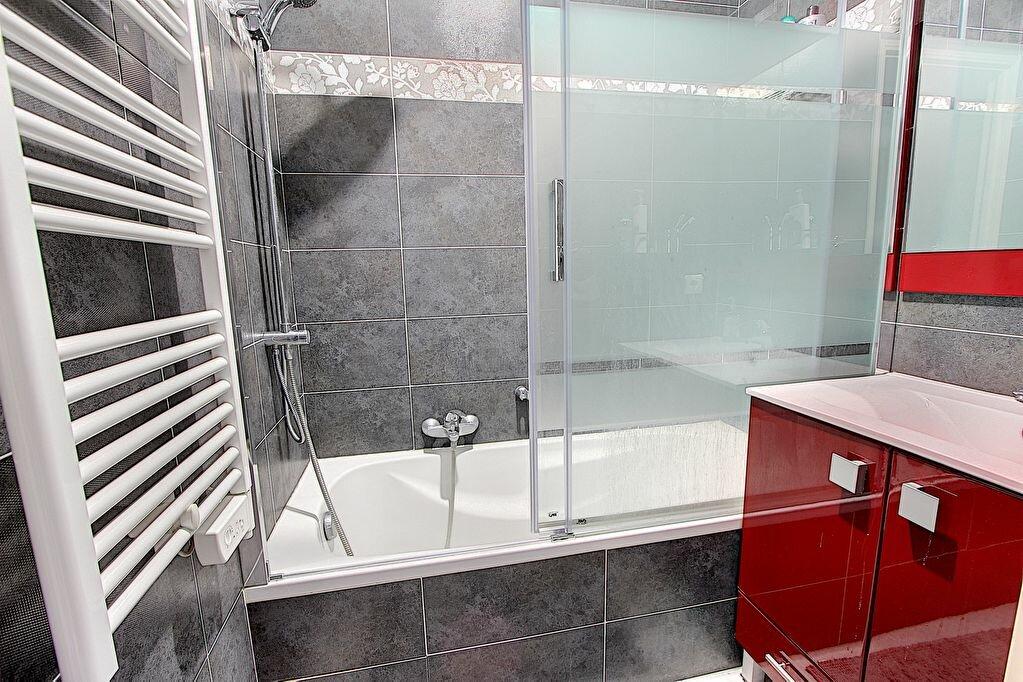 Appartement à vendre 2 41m2 à Juan-les-Pins - Antibes vignette-5