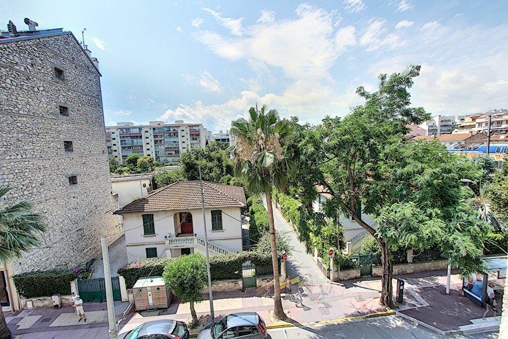 Appartement à vendre 2 41m2 à Juan-les-Pins - Antibes vignette-6