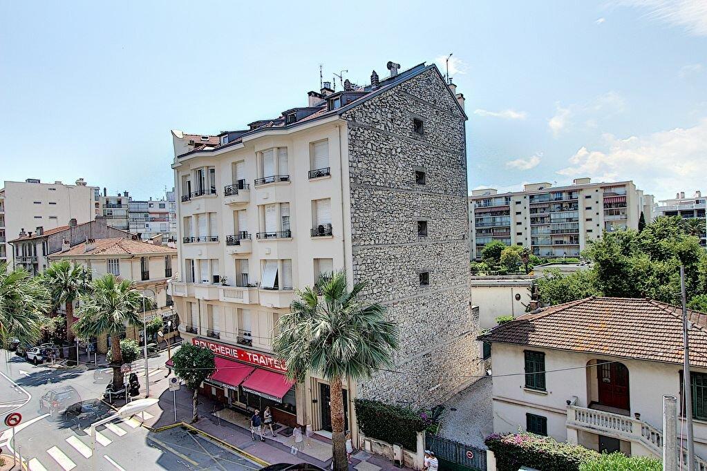 Appartement à vendre 2 41m2 à Juan-les-Pins - Antibes vignette-7