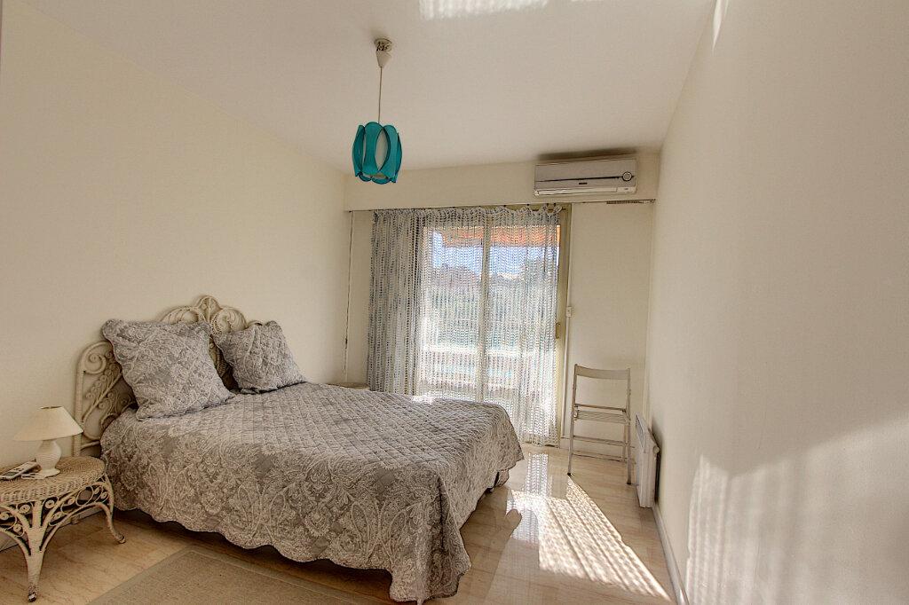 Appartement à vendre 3 71m2 à Antibes vignette-6