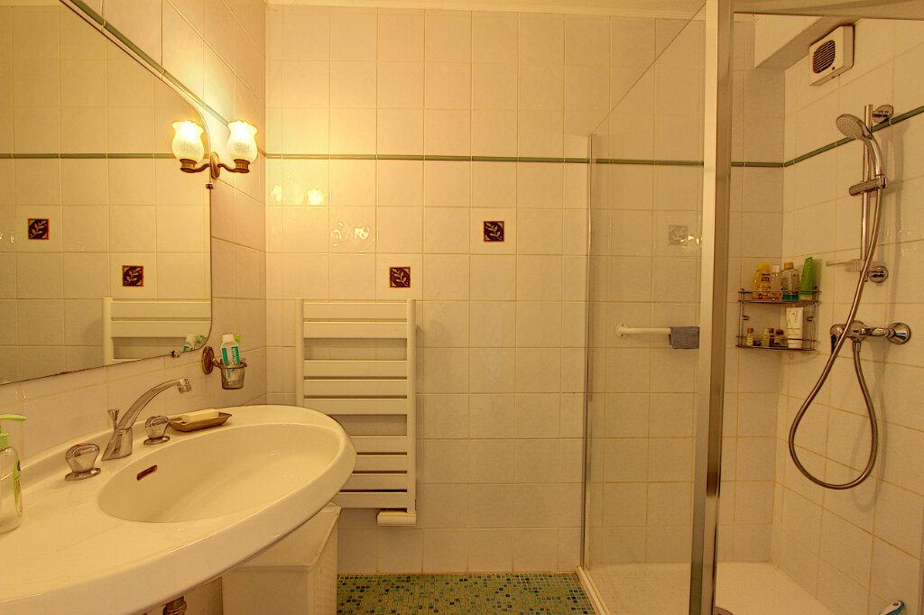 Appartement à vendre 3 71m2 à Antibes vignette-7