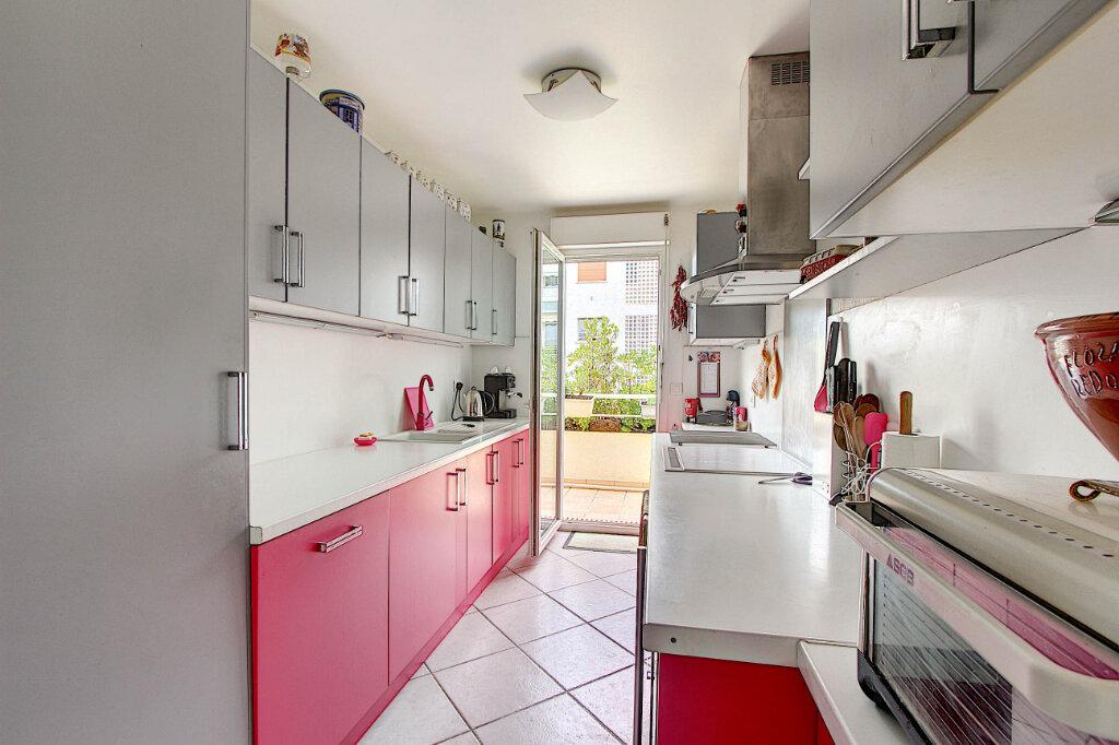 Appartement à vendre 4 98m2 à Juan-les-Pins - Antibes vignette-3