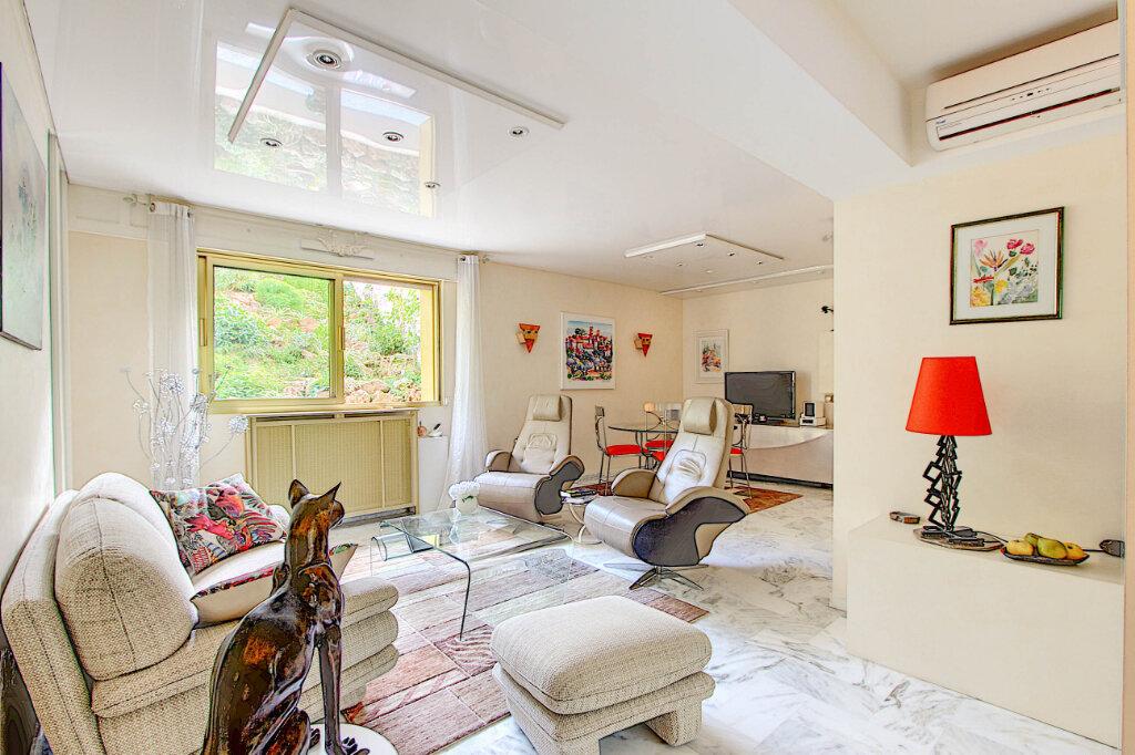 Appartement à vendre 2 61m2 à Antibes vignette-1