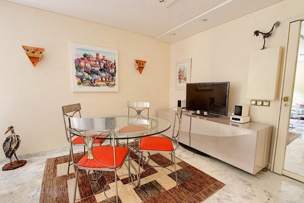 Appartement à vendre 2 61m2 à Antibes vignette-2