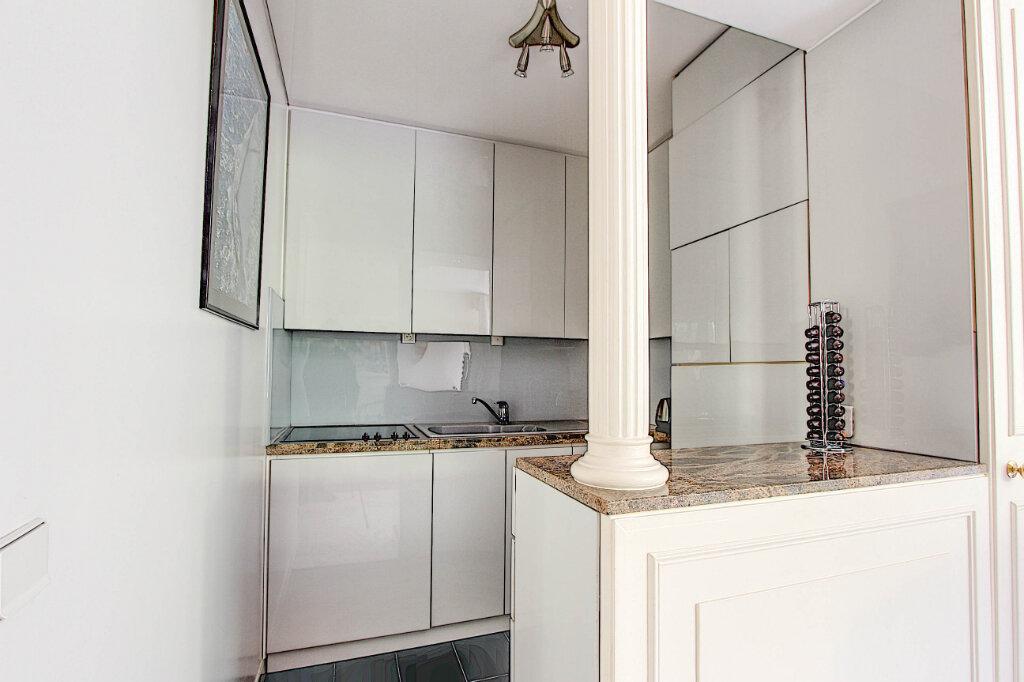 Appartement à vendre 2 61m2 à Antibes vignette-3