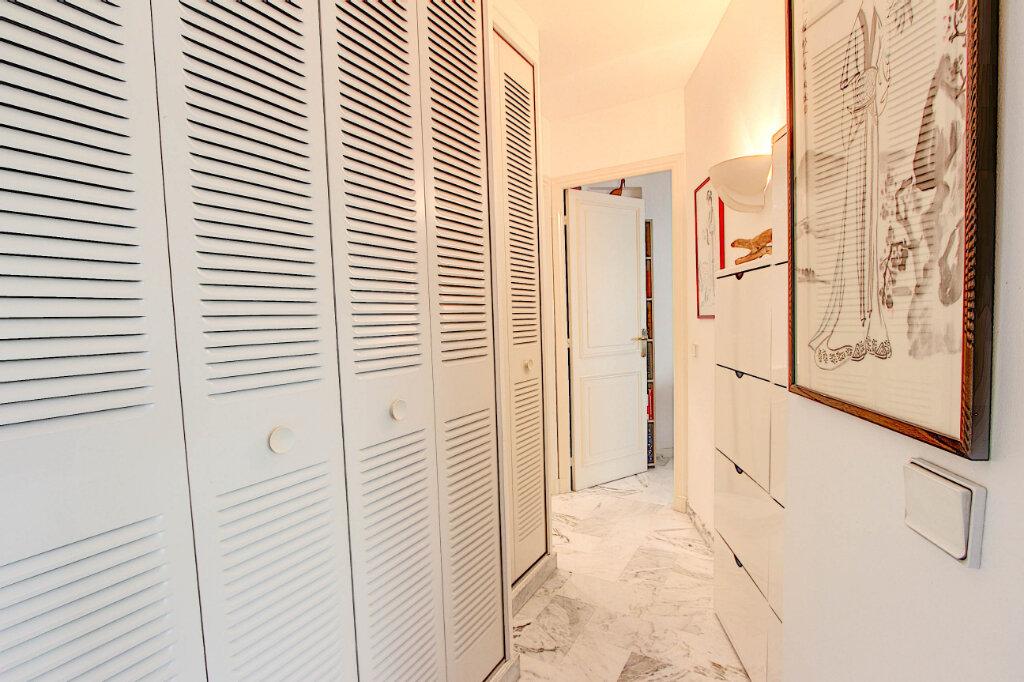 Appartement à vendre 2 61m2 à Antibes vignette-4