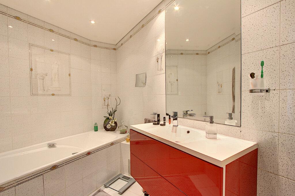 Appartement à vendre 2 61m2 à Antibes vignette-6