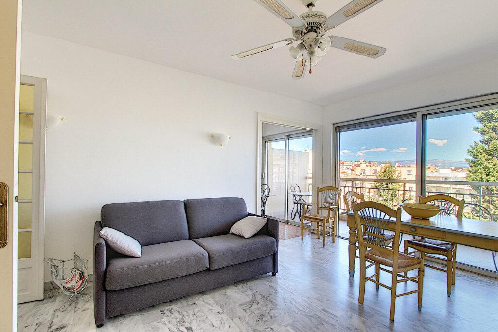Appartement à vendre 2 48m2 à Juan-les-Pins - Antibes vignette-5