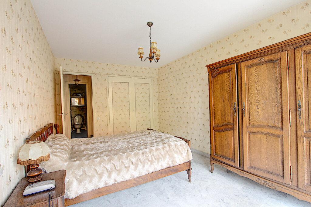 Appartement à vendre 2 58m2 à Juan-les-Pins - Antibes vignette-4