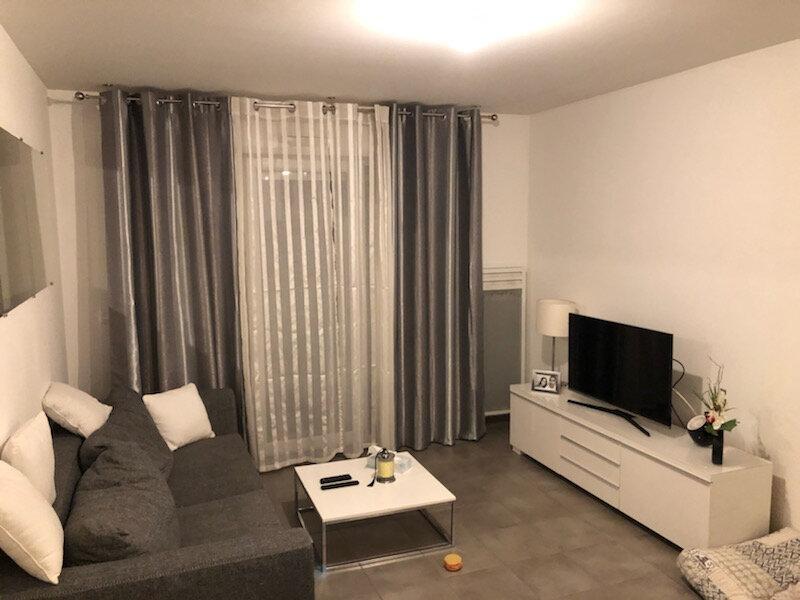 Appartement à louer 2 39.89m2 à Antibes vignette-1