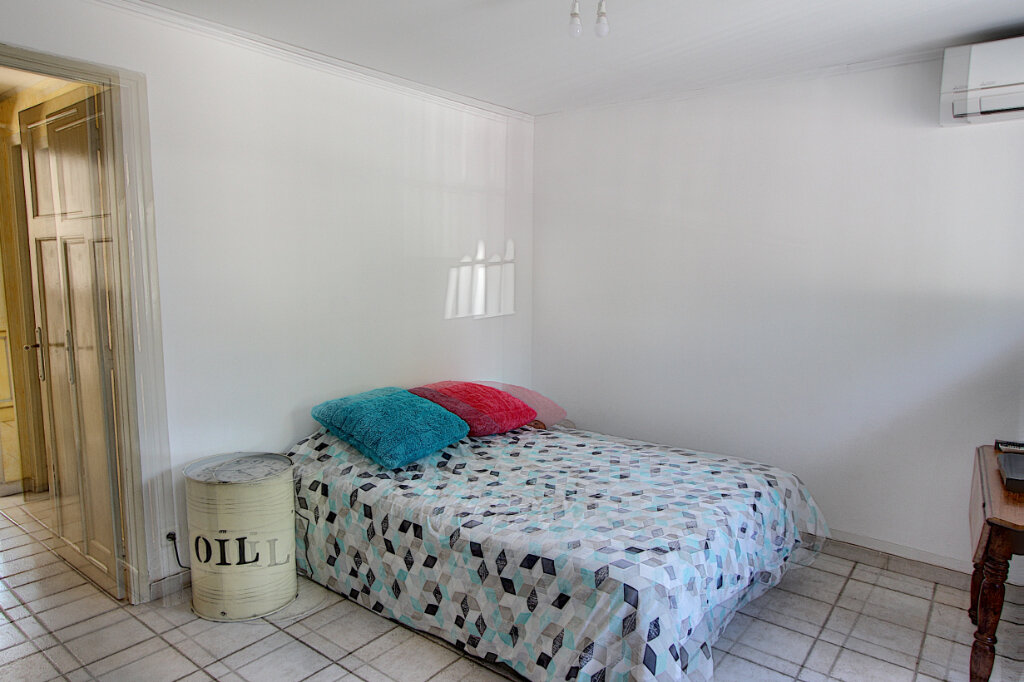 Maison à vendre 5 115m2 à Juan-les-Pins - Antibes vignette-8