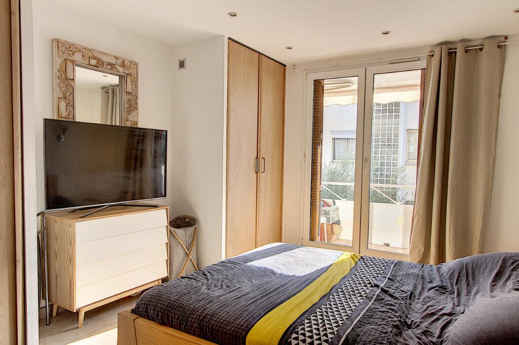 Appartement à vendre 2 40.36m2 à Cannes vignette-4