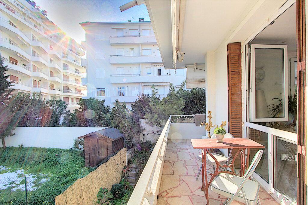 Appartement à vendre 2 40.36m2 à Cannes vignette-5