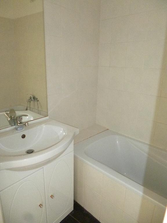 Appartement à louer 2 35m2 à Vallauris vignette-4