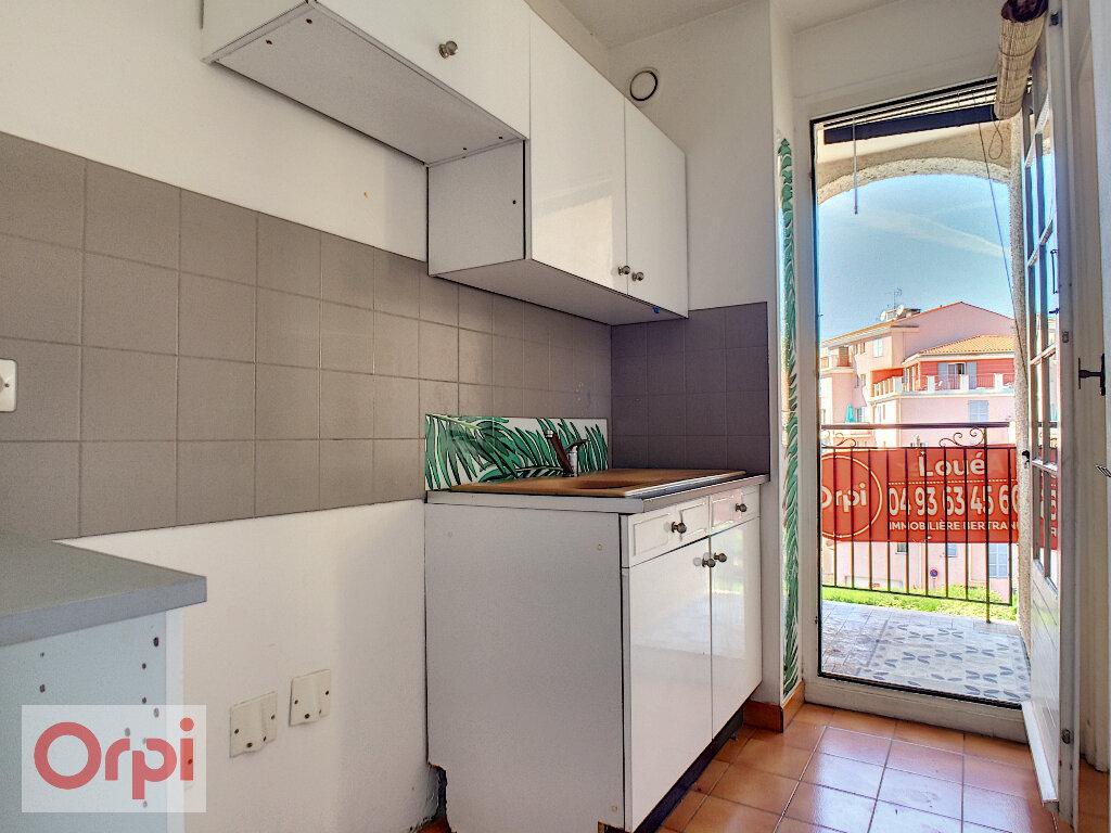 Appartement à louer 1 26.85m2 à Vallauris vignette-4