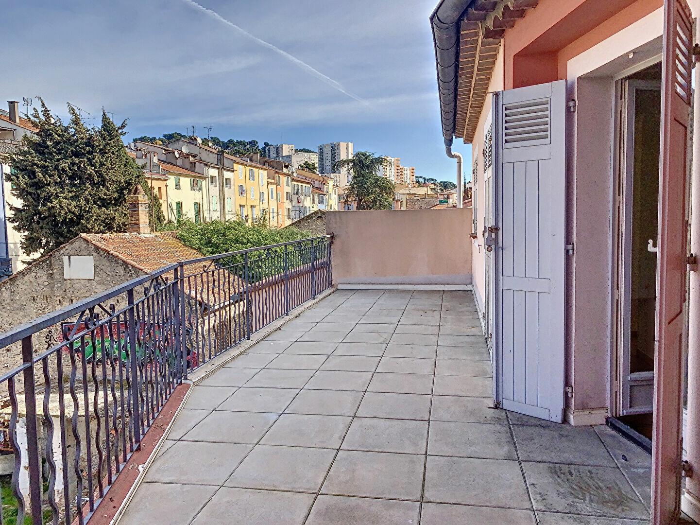Appartement à louer 3 58.63m2 à Vallauris vignette-1