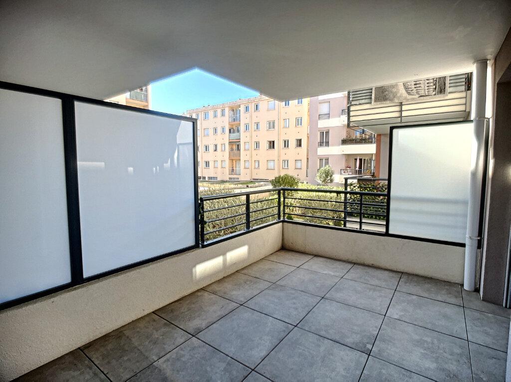 Appartement à louer 2 44.1m2 à Vallauris vignette-1