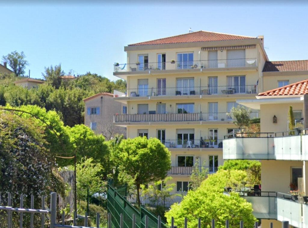 Appartement à louer 1 32.28m2 à Vallauris vignette-1