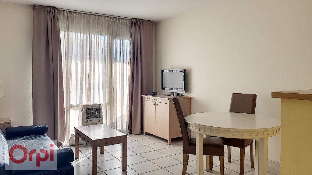 Appartement à louer 2 36.47m2 à Cannes vignette-1